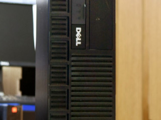 Системный блок Dell OptiPlex XE / С2D E8400 (3 ГГц) / RAM 4 / HHD 250 / Com-порт 2 шт